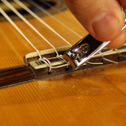 how to change guitar strings how to